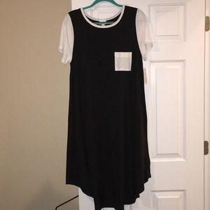 BNWT LuLaRoe Carly, Large, Black and White